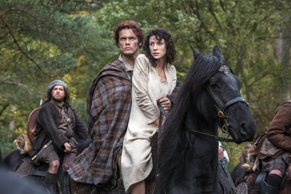Source: http://cdn.hitfix.com/photos/5643368/outlander_pilot_horseback_1200_article_story_large.jpg